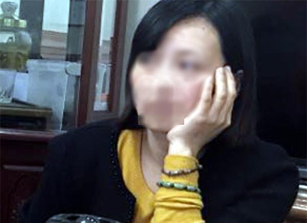 Vụ bé trai tử vong vì rơi từ tầng 20 xuống tầng 6 tại Nam Định: Nỗi đau xé lòng của người mẹ - Ảnh 1.
