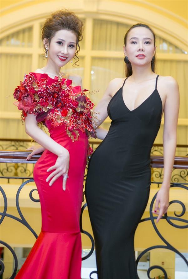 Bảo Anh đánh môi xanh lét - Angela Phương Trinh diện váy mẹ bầu đứng đầu danh sách sao xấu tuần qua-3