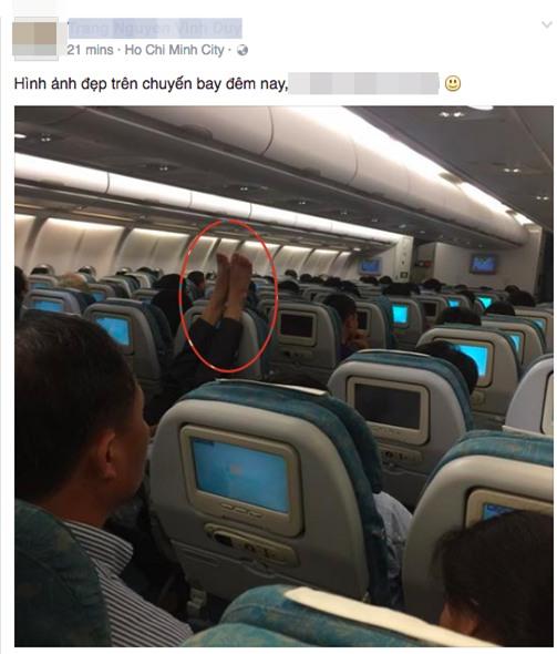 Bạn đồng hành bất ngờ trên chuyến bay khiến vị khách ngán ngẩm - Ảnh 2.