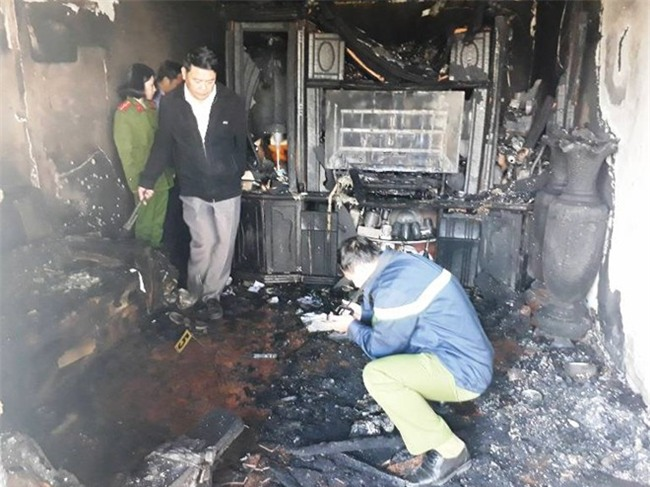 Cận cảnh hiện trường vụ cháy kinh hoàng làm 5 người tử vong ở Đà Lạt - Ảnh 6.