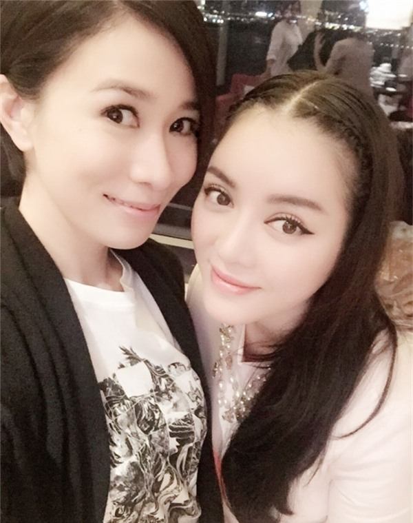 Ngoài Hương Giang Idol - Lukkade, làng giải trí Việt còn nhiều nghệ sĩ tình thân mến thân với sao quốc tế-3