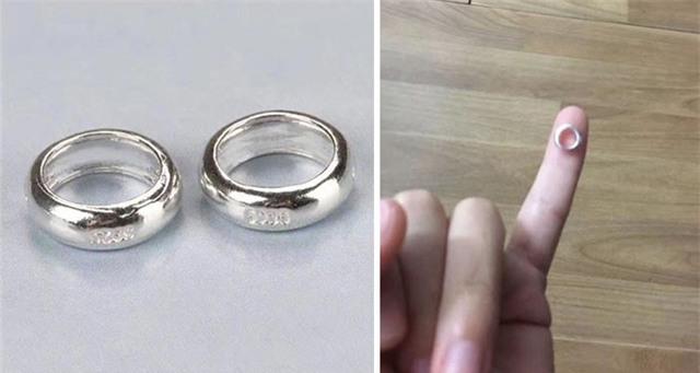 Đặt mua nhẫn đôi trên mạng, nhưng đây lại là thứ nhận được.