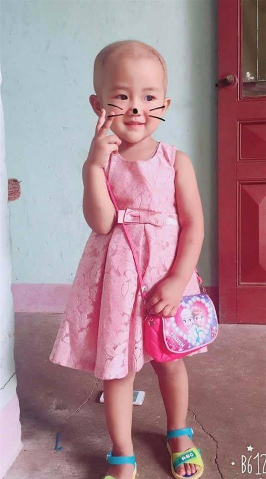 """Xúc động câu nói """"con sẽ khỏe mạnh"""" của bé gái 4 tuổi mắc bệnh ung thư - Ảnh 6."""
