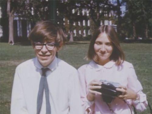 Những bức ảnh ít người biết tới về thời trẻ của giáo sư thiên tài Stephen Hawking - Ảnh 12.