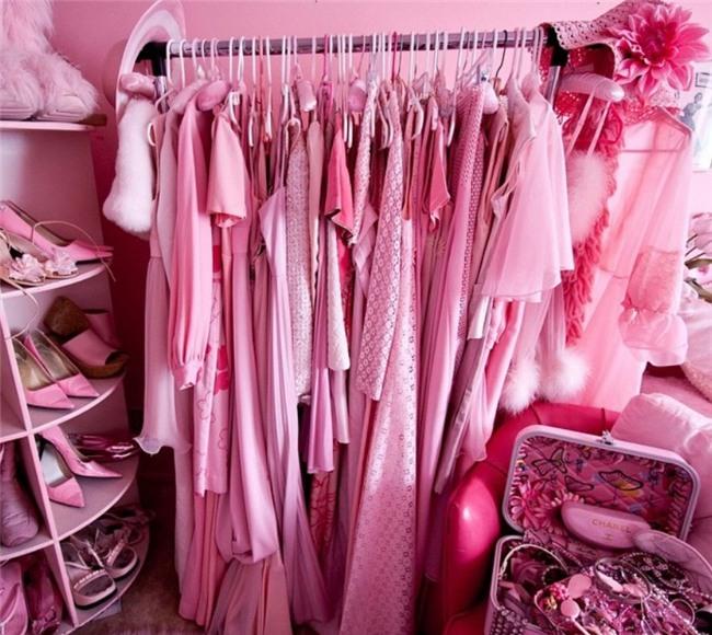 Chiêm ngưỡng căn phòng độc lạ của quý bà U50 cuồng màu hồng nhất thế giới-5