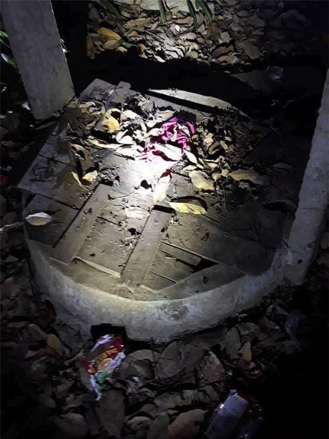Bắt giữ nghi can hiếp dâm bé gái 4 tuổi, ném xác xuống giếng trong rừng cao su ở Bình Phước - Ảnh 1.