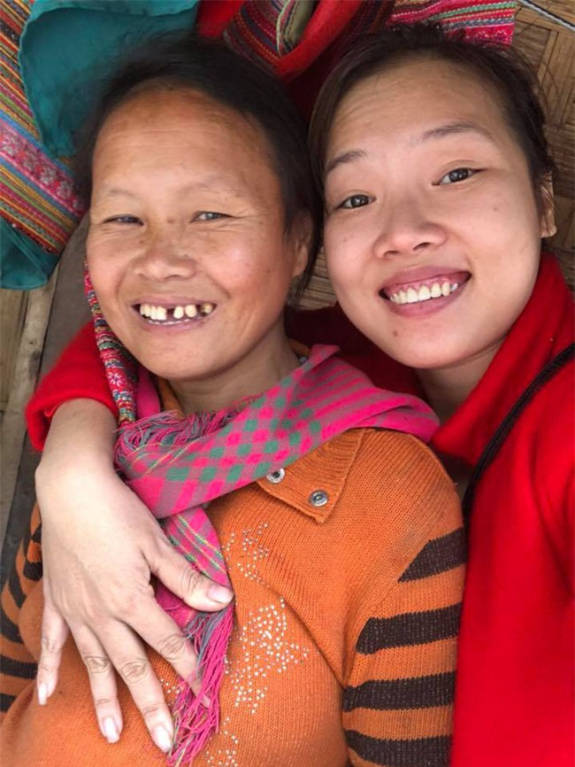 Bé gái tàn tật, trần truồng giữa trời đông lạnh giá ở Mường Lát đã được thai phụ Sài Gòn nhận làm con nuôi - Ảnh 1.