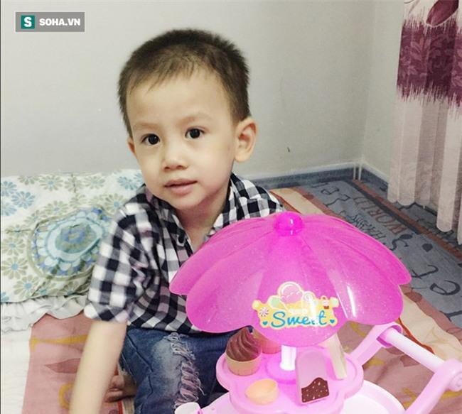 Con trai mới 6 tháng tuổi đã 5 lần phẫu thuật, bà mẹ trẻ cảnh tỉnh trào lưu anti vắc xin - Ảnh 2.