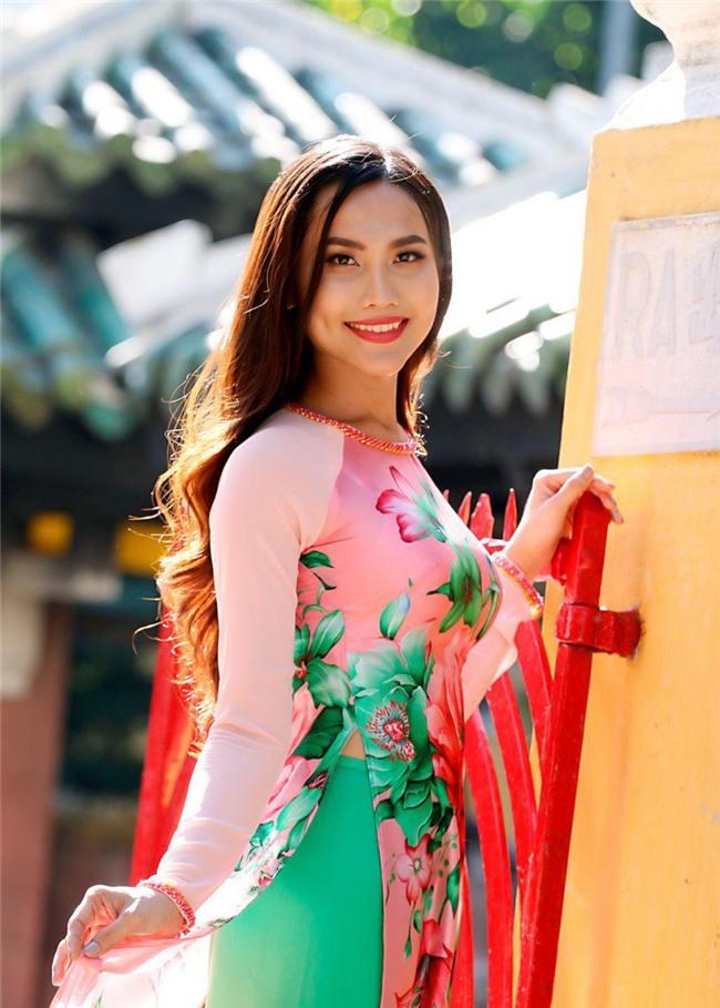 truoc huong giang, da co hoa hau chuyen gioi dep nhu tien nu tai viet nam - 3