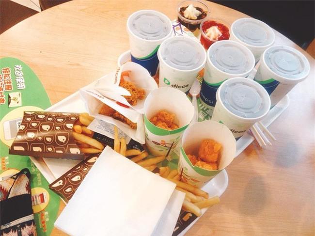 Hà Khẩu - điểm du lịch đi vừa gần, vừa dễ lại nhiều đồ ăn ngon của Trung Quốc - Ảnh 6.