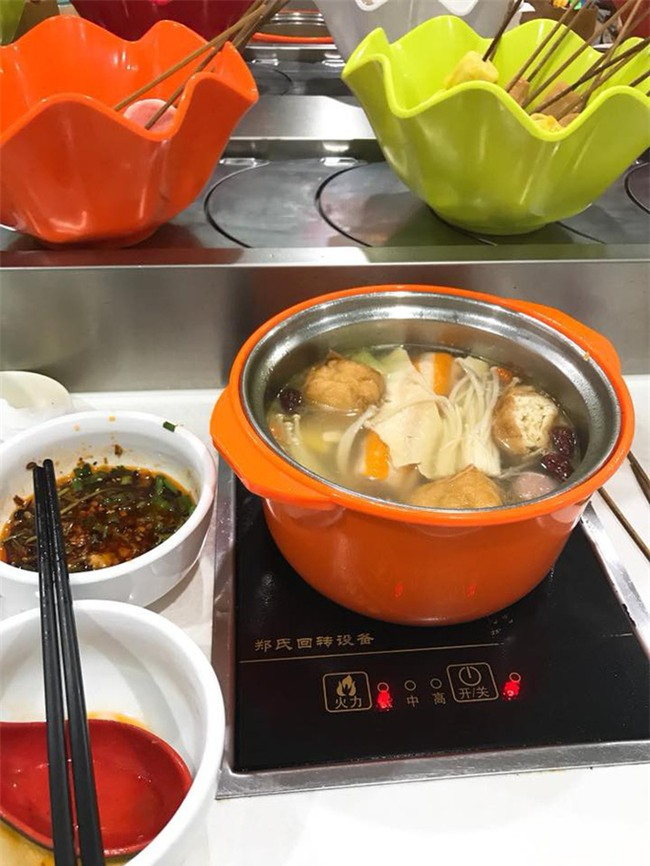 Hà Khẩu - điểm du lịch đi vừa gần, vừa dễ lại nhiều đồ ăn ngon của Trung Quốc - Ảnh 7.