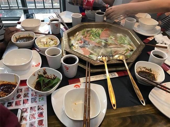 Hà Khẩu - điểm du lịch đi vừa gần, vừa dễ lại nhiều đồ ăn ngon của Trung Quốc - Ảnh 8.