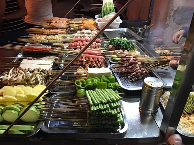 Hà Khẩu - điểm du lịch đi vừa gần, vừa dễ lại nhiều đồ ăn ngon của Trung Quốc - Ảnh 9.