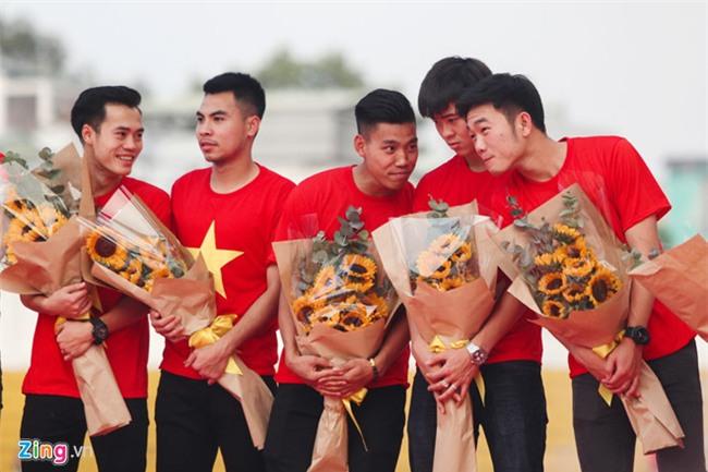 HLV Park Hang-seo goi 14 cau thu U23 len DT Viet Nam hinh anh 1