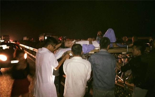 tai nạn,tai nạn giao thông,cao tốc Pháp Vân,xe cứu thương,xe cấp cứu