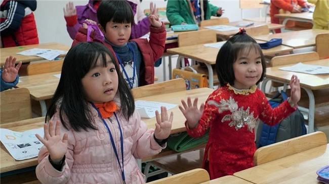 con vào lớp 1,trẻ vào lớp 1,tuyến sinh lớp 1,Lớp 1,Thi vào lớp 1,tuyển sinh vào lớp 1