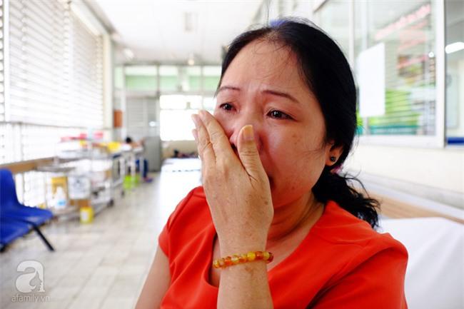 Hành trình tìm sự sống của nữ sinh viên suy thận giai đoạn cuối: Con đợi ngày được ghép thận lâu lắm rồi mẹ ơi - Ảnh 11.