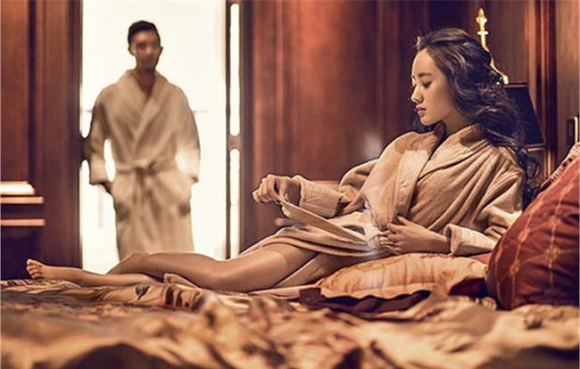 Những tưởng được đổi đời nào ngờ trở thành kẻ đẻ thuê cho cặp vợ chồng hiếm muộn - Ảnh 2.