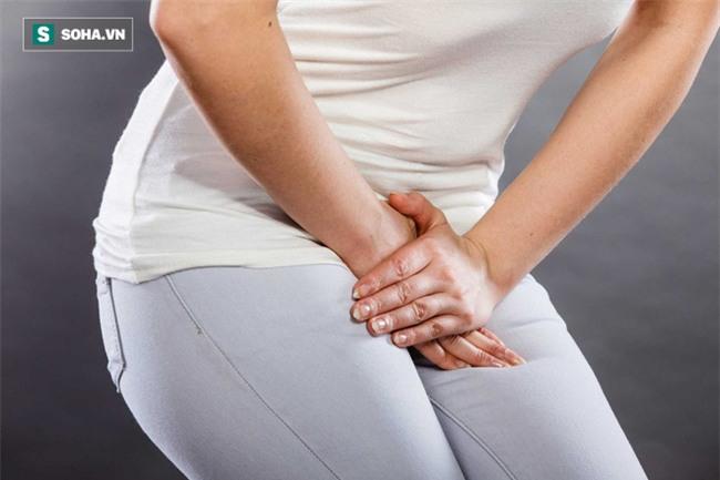 Dấu hiệu báo nhiễm trùng đường tiểu: Phát hiện sớm để ngừa suy thận và nhiễm trùng máu - Ảnh 2.