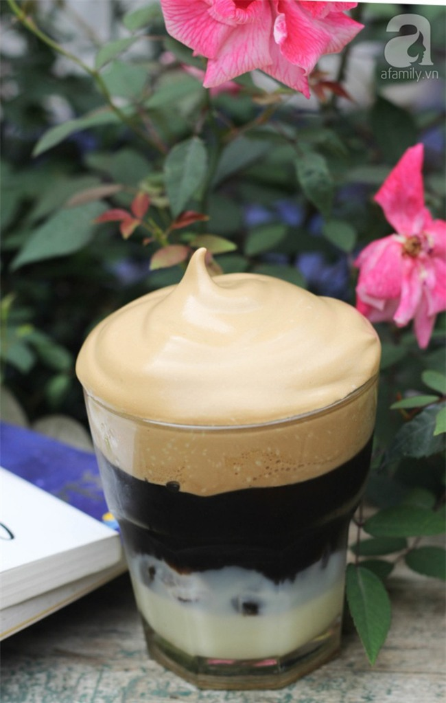 Học ngay cách làm cà phê bọt - Thức uống đang hot rần rần khắp mạng xã hội  - Ảnh 6.