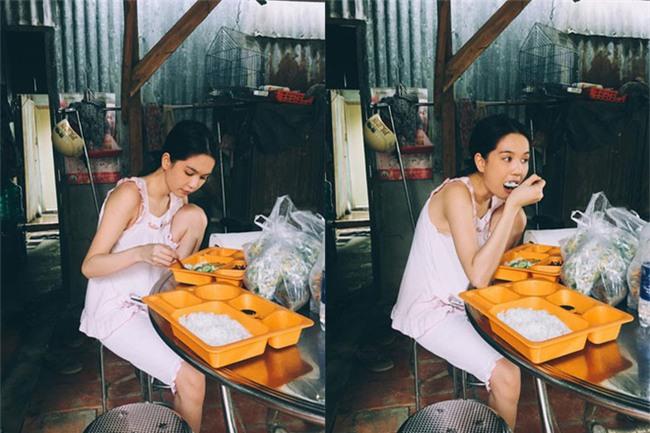 Bình thường khí chất ngời ngời mà khi ở bên đồ ăn sao Việt bỗng thần thái bá đạo lạ thường - Ảnh 2.