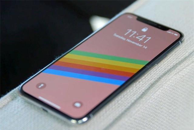 iPhone X mang đến nhiều đột phá về thiết kế, nhưng lại có mức giá quá cao.