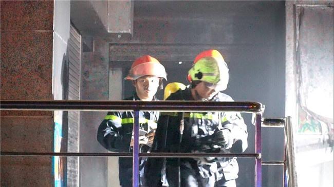 cháy lớn,cháy chung cư,chung cư Carina,Chung cư cao cấp,cháy lớn ở TP HCM