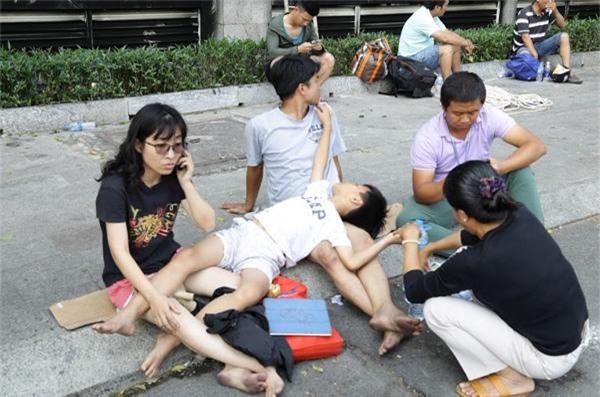 """loi ke cua nhan chung: """"chuong bao chay khong he reo, khoi len tang 14 chung toi moi biet"""" - 1"""