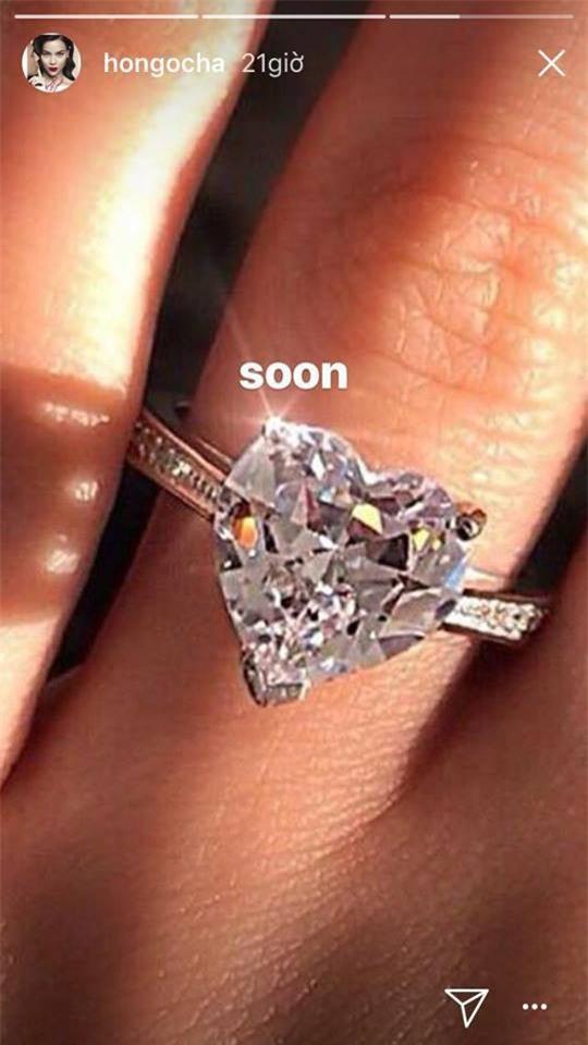Hồ Ngọc Hà bức xúc đáp trả khi bị cho rằng mượn ảnh đeo nhẫn kim cương để sống ảo - Ảnh 1.