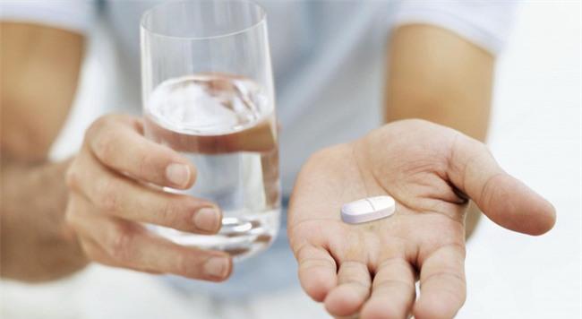 Đằng sau lọ thuốc bổ dương mà vợ cho tôi uống mỗi ngày là cả một sự thật kinh hoàng - Ảnh 3.