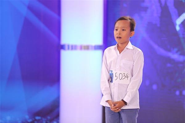Hồ Văn Cường cao lớn, lột xác điển trai hẳn ra sau 2 năm trở thành quán quân Vietnam Idol Kid - Ảnh 4.