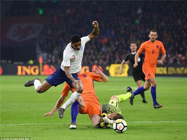 Sao trẻ Man Utd ghi bàn đầu tiên cho tuyển Anh - Ảnh 12.