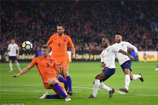 Sao trẻ Man Utd ghi bàn đầu tiên cho tuyển Anh - Ảnh 10.