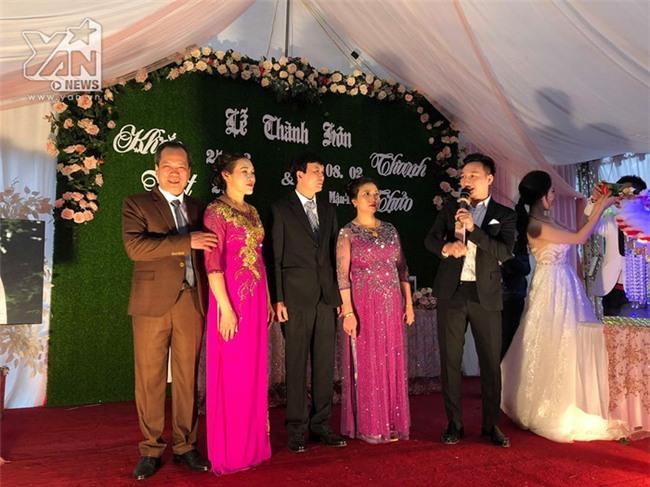 Thành Trung về tận Yên Bái để làm MC cho lễ cưới. - Tin sao Viet - Tin tuc sao Viet - Scandal sao Viet - Tin tuc cua Sao - Tin cua Sao