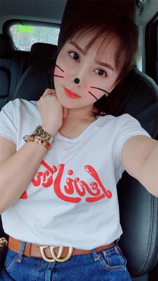 Mỹ Tâm,Hari Won,Phạm Hương,H'Hen Niê,Hoài Linh
