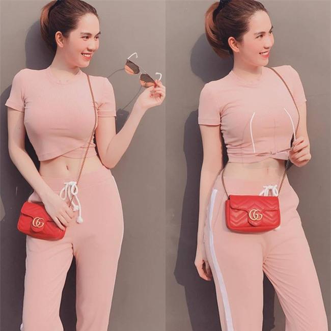 Có ai như Ngọc Trinh, đã sắm một loạt đồ hiệu màu hồng lại còn diện cả loạt váy áo màu hồng mới chịu  - Ảnh 8.