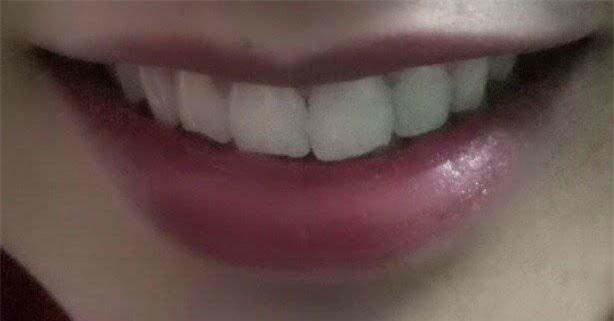Khoe môi gợi cảm tiện thể khoe luôn ria mép, cô gái khiến cư dân mạng mắt xem ảnh tay nhặt mồm vì cười - Ảnh 8.