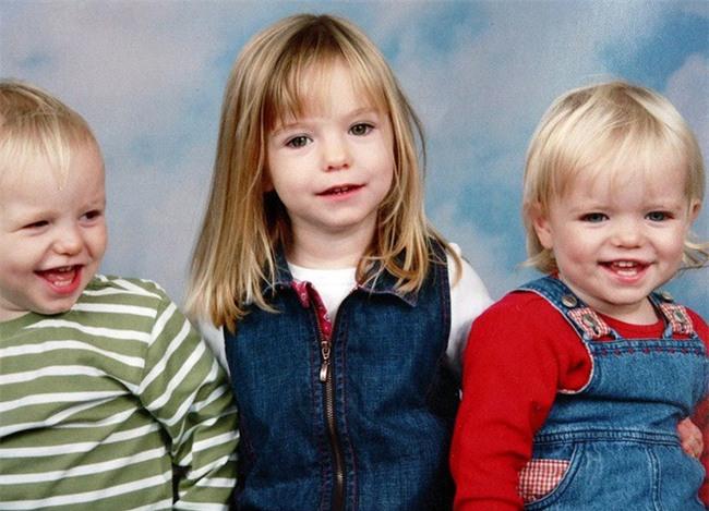 Vụ mất tích bí ẩn nhất nước Anh: Bỏ con ở lại trong khách sạn để đi ăn tối, cặp vợ chồng 11 năm mòn mỏi tìm con gái vẫn bặt vô âm tín - Ảnh 3.