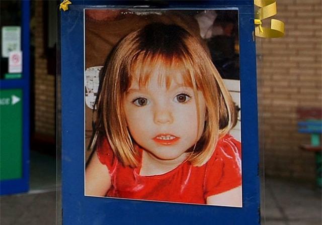 Vụ mất tích bí ẩn nhất nước Anh: Bỏ con ở lại trong khách sạn để đi ăn tối, cặp vợ chồng 11 năm mòn mỏi tìm con gái vẫn bặt vô âm tín - Ảnh 4.