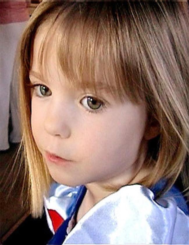 Vụ mất tích bí ẩn nhất nước Anh: Bỏ con ở lại trong khách sạn để đi ăn tối, cặp vợ chồng 11 năm mòn mỏi tìm con gái vẫn bặt vô âm tín - Ảnh 7.