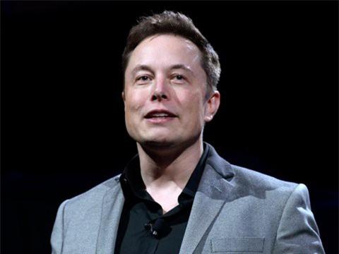 Hành trình kiếm tiền hơn 30 năm của Elon Musk: 12 tuổi tự học lập trình, không ngại lao động chân tay, build PC phục vụ sinh viên khác - Ảnh 10.