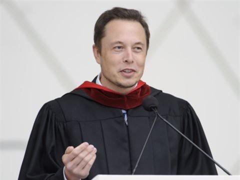 Hành trình kiếm tiền hơn 30 năm của Elon Musk: 12 tuổi tự học lập trình, không ngại lao động chân tay, build PC phục vụ sinh viên khác - Ảnh 6.