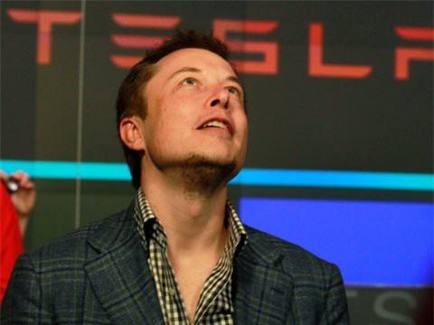 Hành trình kiếm tiền hơn 30 năm của Elon Musk: 12 tuổi tự học lập trình, không ngại lao động chân tay, build PC phục vụ sinh viên khác - Ảnh 8.
