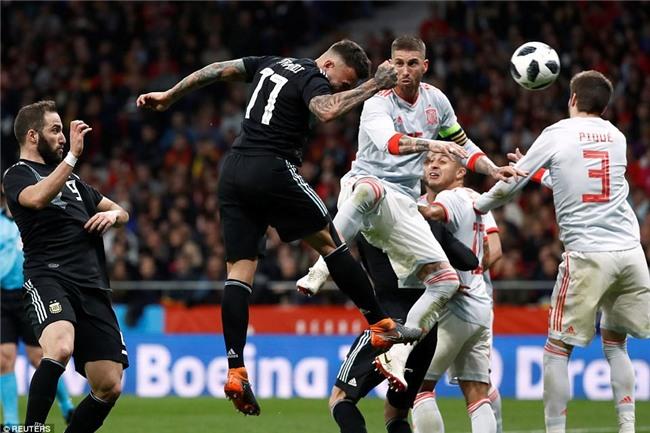 Messi ngồi khán đài, chứng kiến Argentina bị Tây Ban Nha hủy diệt - Ảnh 6.