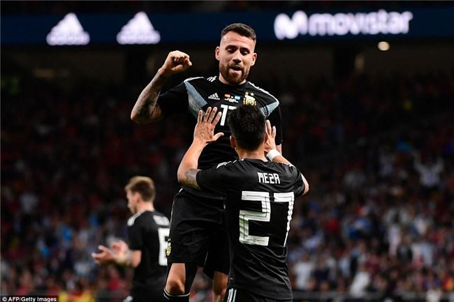 Messi ngồi khán đài, chứng kiến Argentina bị Tây Ban Nha hủy diệt - Ảnh 7.