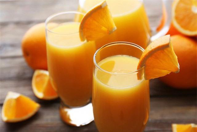 Những ly nước cam này có thể dẫn đến bệnh tim nếu dùng quá liều - ảnh: RD