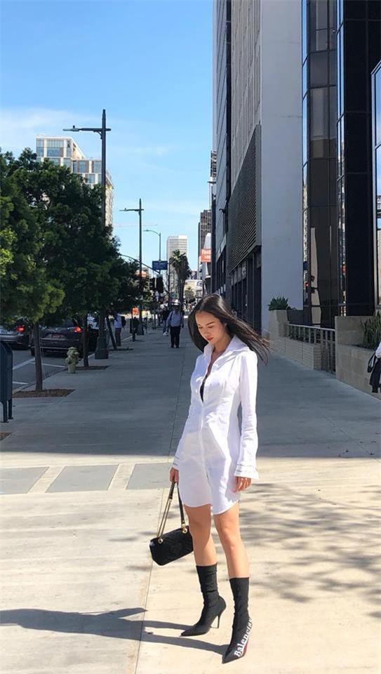 Chẳng còn hứng thú khoe street style sành điệu, Hà Hồ - Phạm Hương lại muốn xem ai lạ hơn ai - Ảnh 9.