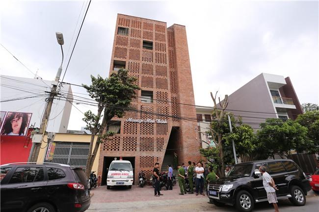 Gã trai sát hại người tình là nữ nhân viên massage ở Đà Nẵng là một tay sát gái có máu cuồng ghen - Ảnh 2.