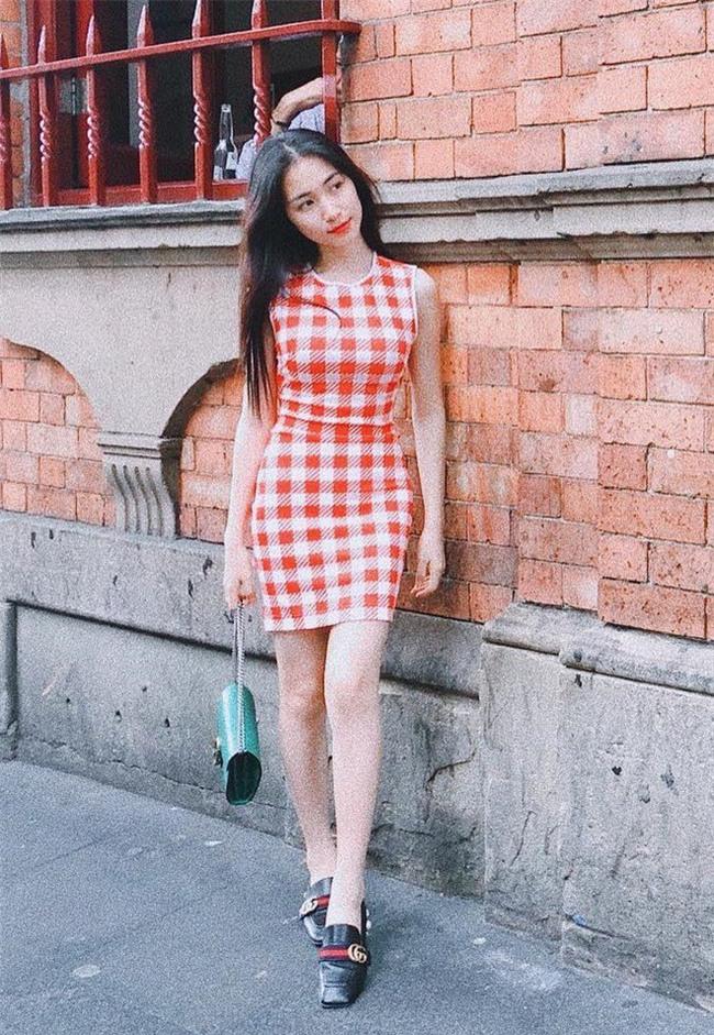 Giảm cân rồi đổi luôn cả phong cách, Hòa Minzy giờ đẹp và sành điệu nào có thua ai - Ảnh 12.