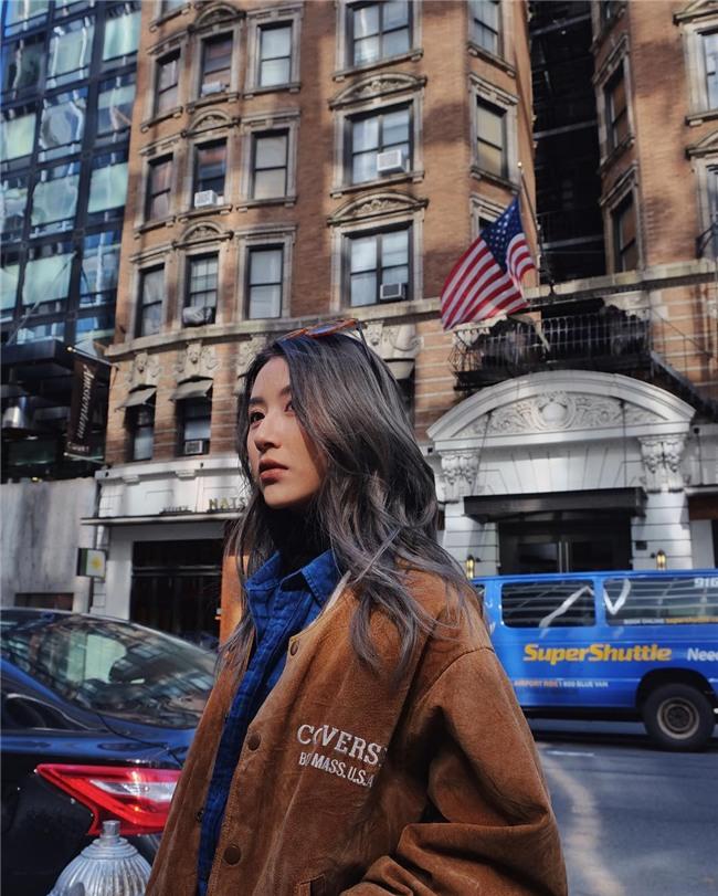 Từ bỏ mái tóc đen làm nên thương hiệu, Quỳnh Anh Shyn vẫn chất khỏi bàn với tóc nâu khói tây tây - Ảnh 6.